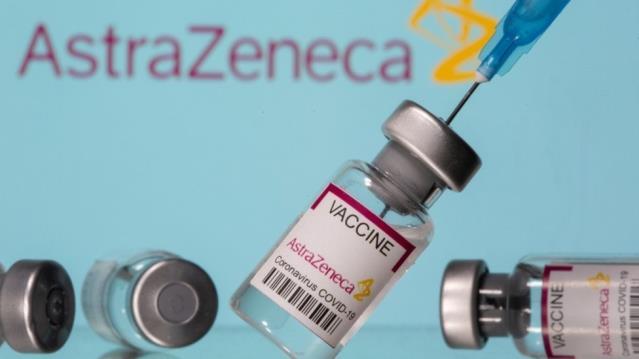Oxford aşısı tartışması İngiltere basınında: 'Elde aşı olmayınca, askıya almak daha kolay'